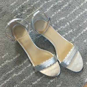 Talbots silver kitten heel sandals